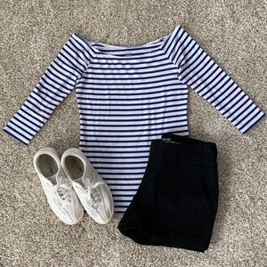 Old navy striped blue and white top